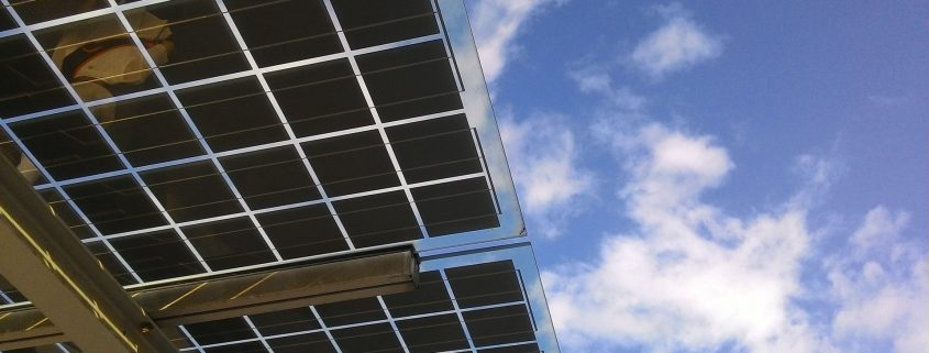 solar panel coating applied on solar panels in qatar